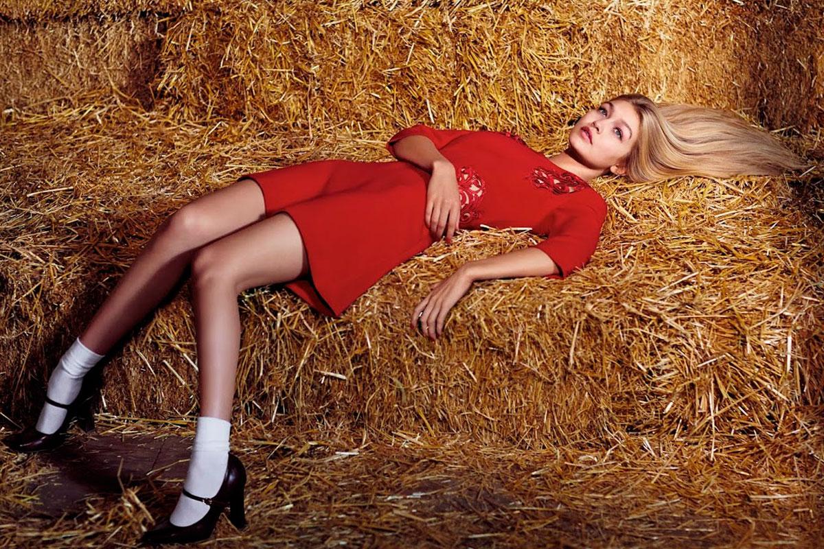 La modelo posando en la campaña fall 2014 de Sisley.