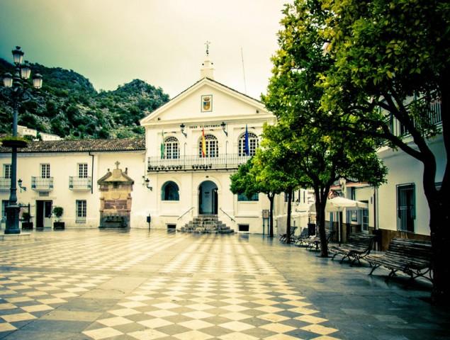El top ten de las firmas de lujo produce marroquinería en Ubrique.