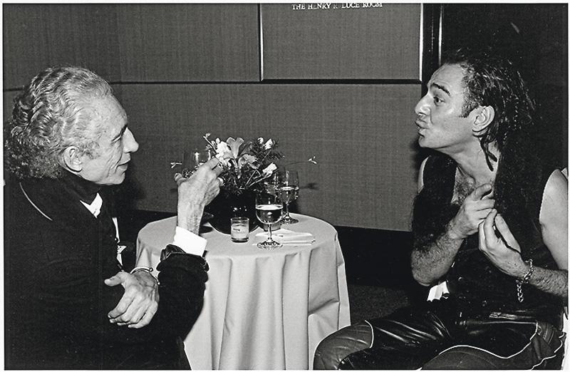 Fernándo Sánchez con Galliano. Cortesía de Jano Herbosch.