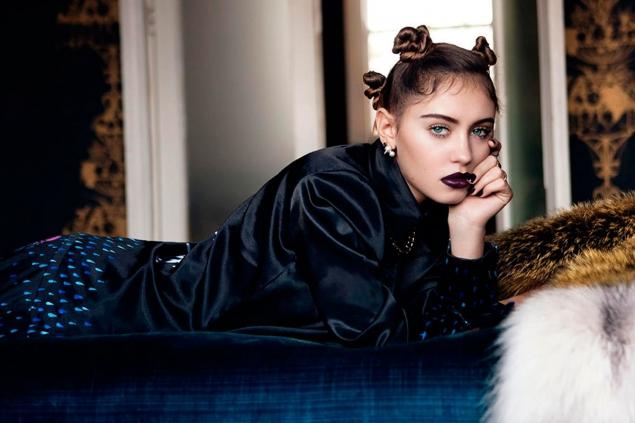 La hija de Jude Law debuta como modelo