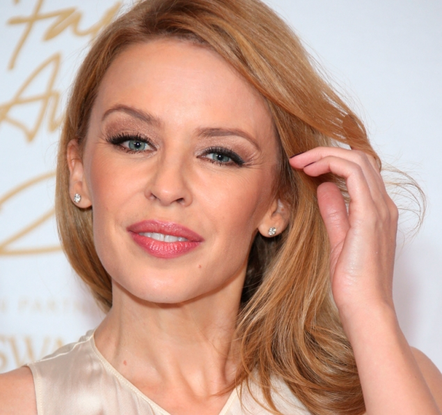 """Kylie Minogue: """"A la gente le sigue chocando mucho lo bajita que soy"""""""