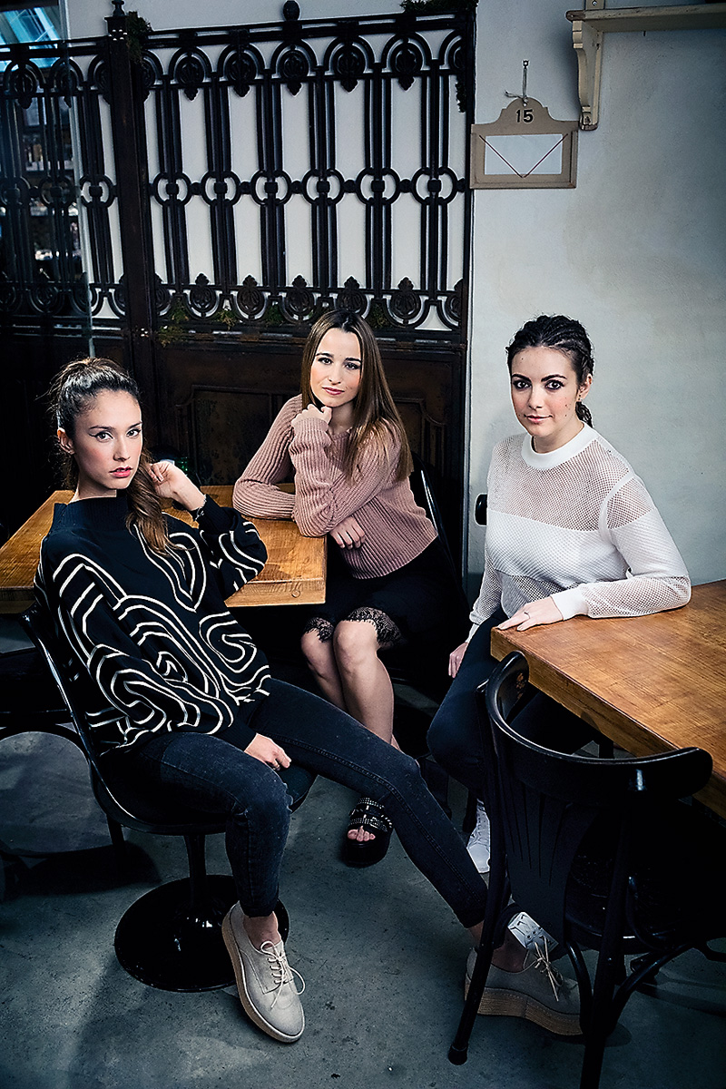 Grace Villarreal (Happy Sunny Flowers), Sylvia Salas (Dare to DIY) y Sara Sabaté (Secrets des Coquettes).