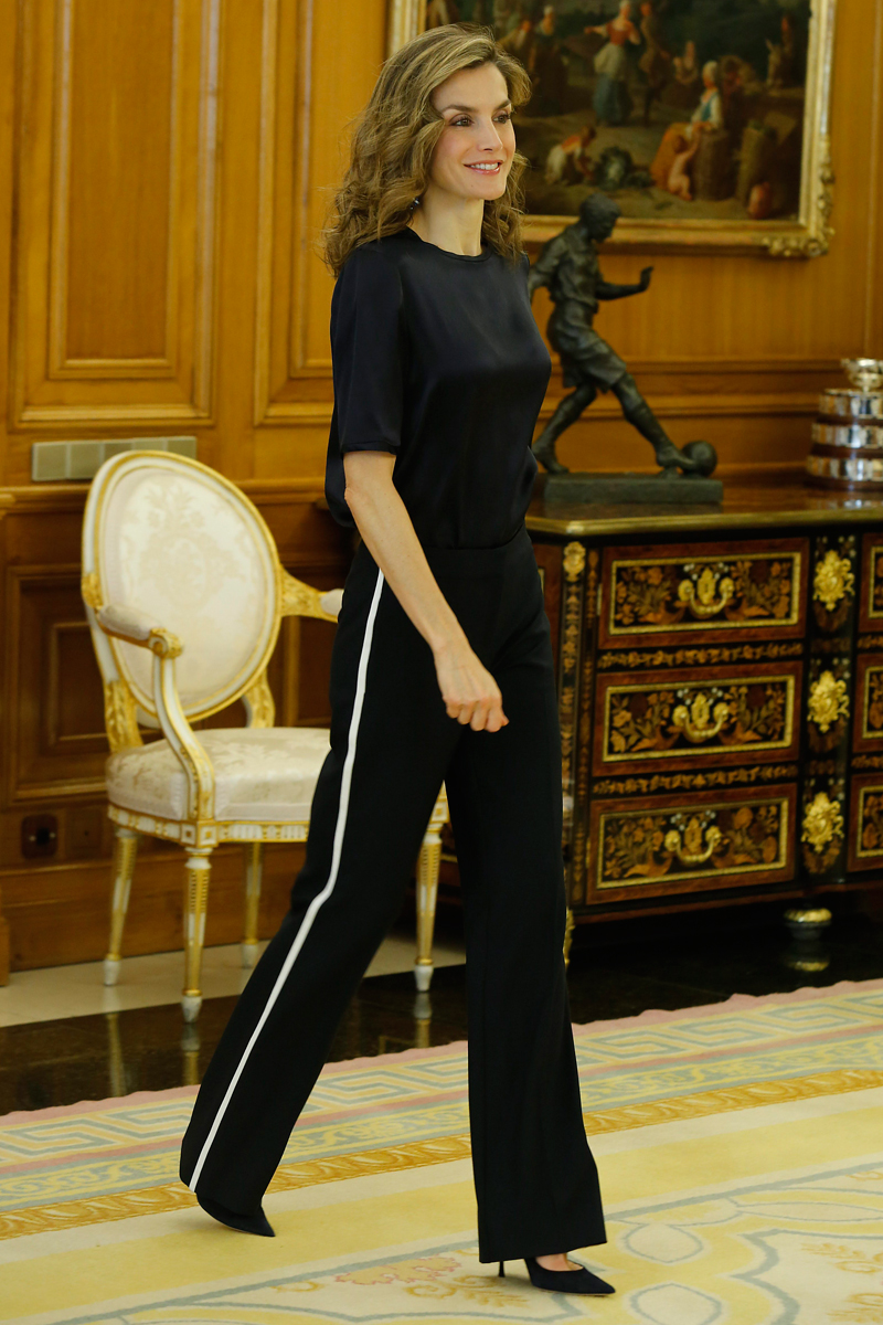 Incluso la reina Letizia se ha atrevido con la tendencia.