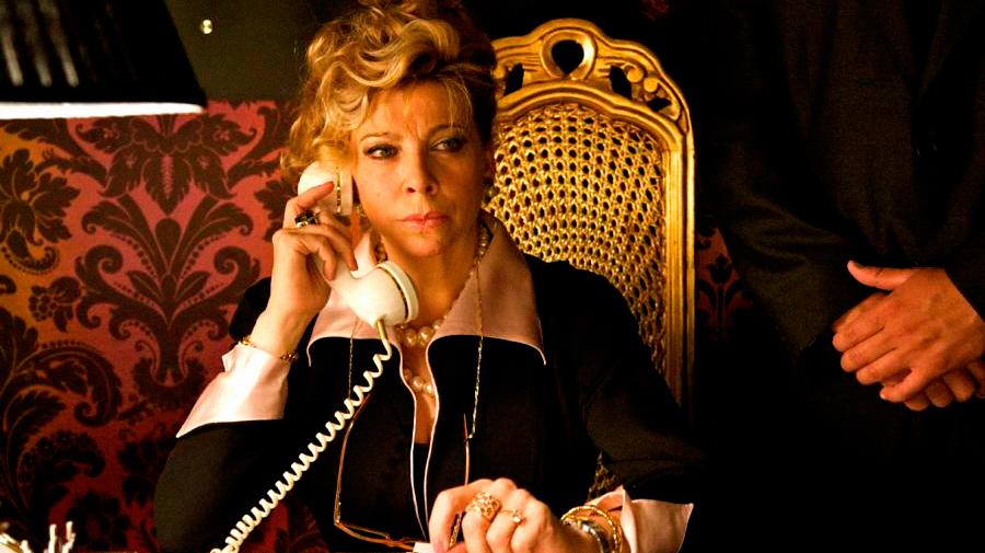 Kiti Mánver en su papel de Madame Mylene. Foto: D.R.