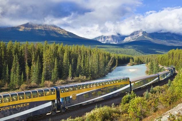 Más allá del Orient Express: 10 rutas en tren para viajeros románticos
