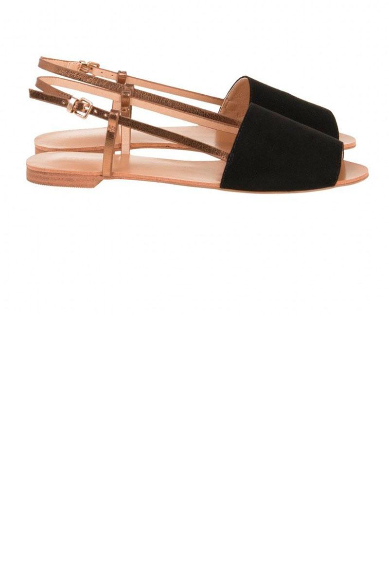 sandalias planas y cómodas