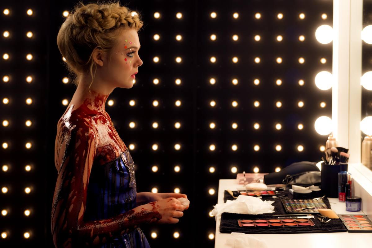 Elle Fanning en una de las escenas de la película. Foto: D.R.