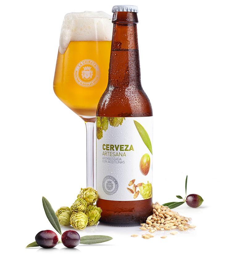 bebida española cerveza aceitunas güela manuela