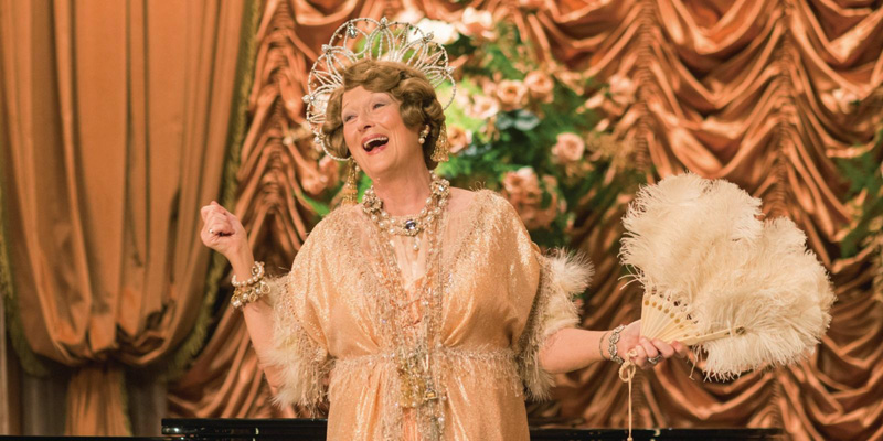 Meryl Streep interpretando a la soprano en la cinta 'Florence Foster Jenkins'.