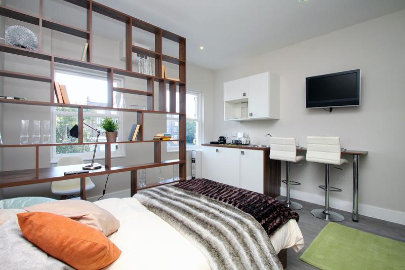 Habitación en The Collective. Cuesta unos 1400 euros al mes e incluye servicios de limpieza cada dos semanas.