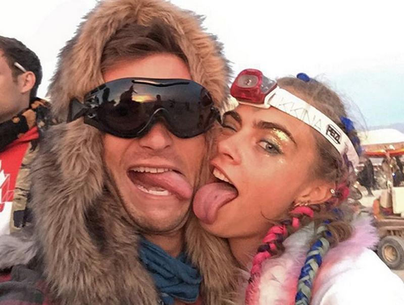 Motín «hooligan» contra los «parásitos ricos» en el festival Burning Man