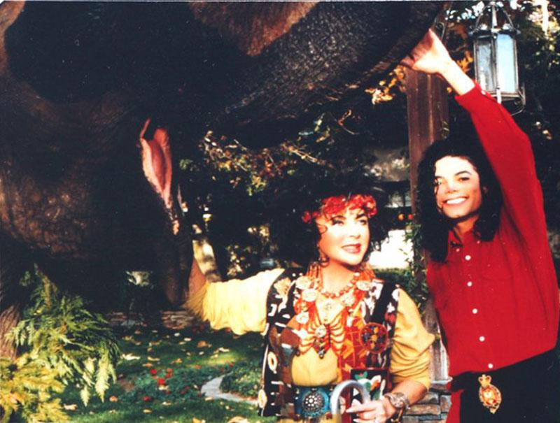 Diamantes, elefantes y Disney: la extravagante amistad entre Michael Jackson y Elizabeth Taylor