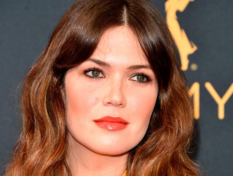 Así se consigue el maquillaje ganador de Mandy Moore en los Emmy