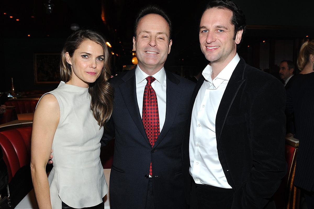 Landgraf, junto a Keri Russell y Matthew Rhys, pareja protagonista de la alabada serie 'The Americans'.