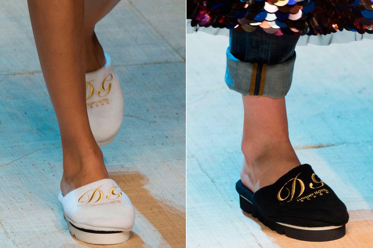 """Las zapatillas de """"hotel"""" de Dolce & Gabbana."""