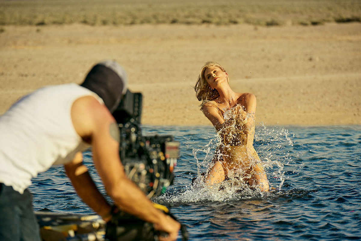 El film Dior J'adore - The Absolute Femininity ha sido dirigido por Jean Baptiste Mondino
