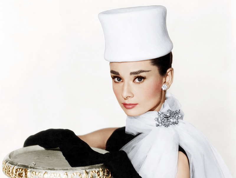 16 veces que Audrey Hepburn llevó un sombrero mejor que nadie ...