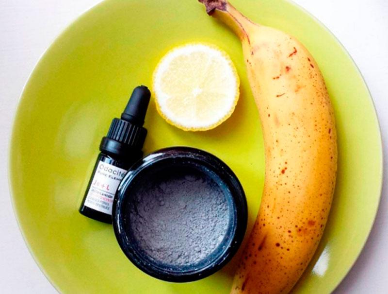 Mezclar los ingredientes para conservar la frescura, la gran obsesión de cosmética