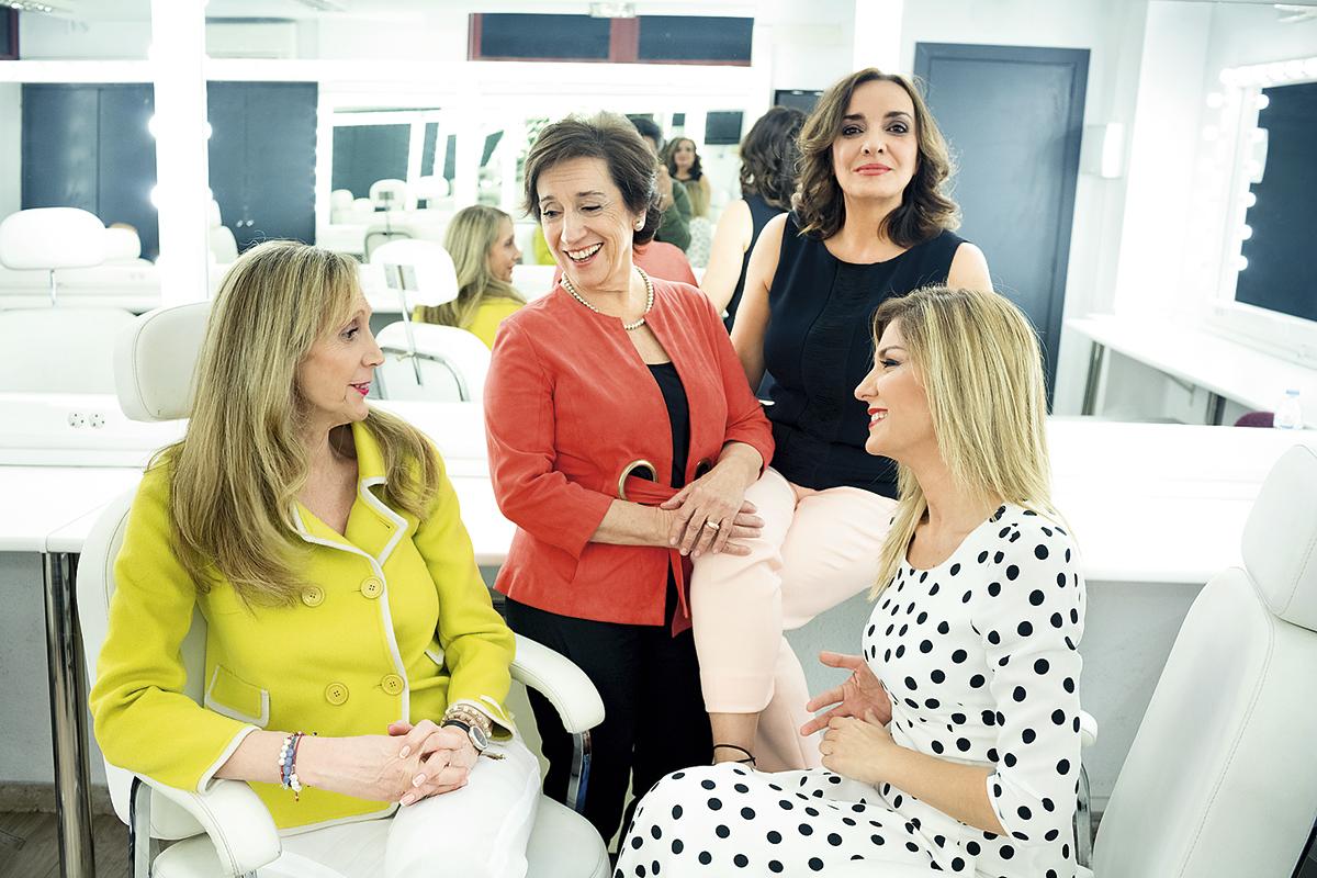Carmen Sastre (directora de Contenidos Informativos de RTVE), Victoria Prego (fundadora de El Independiente), Pepa Bueno (directora de Hoy por hoy en la SER) y Sandra Golpe (A3 Noticias).