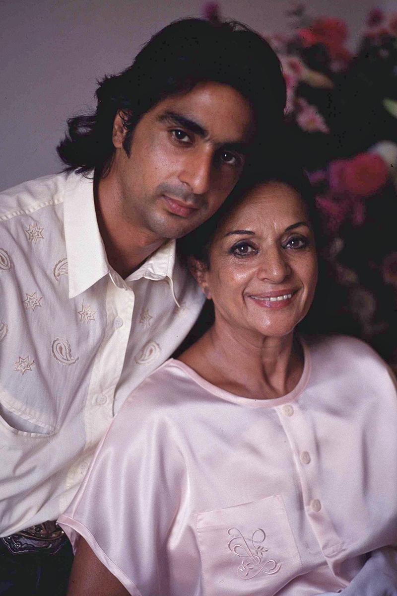 Antonio Flores no pudo superar la depresión provocada por la muerte de su madre, Lola Flores.