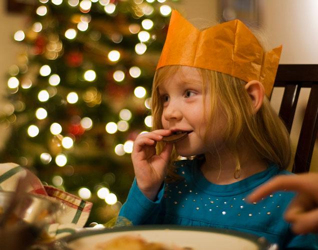 10 ideas para que los niños no se aburran en la cena de Nochebuena