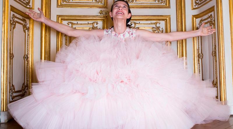 Alta Costura: Los vestidos de algodón de azúcar de Giambattista Valli