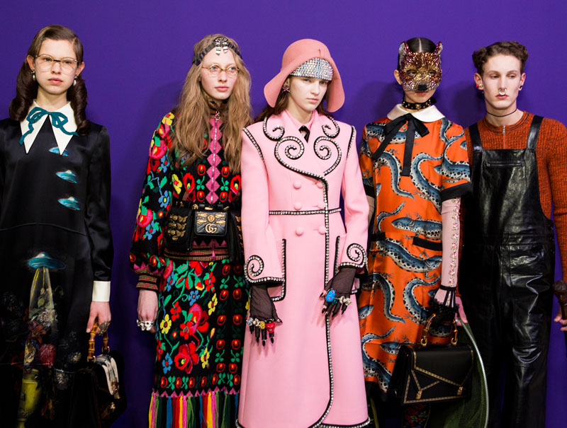 Modelos en el backstage de Gucci en la Milan Fashion Week. Foto  Imaxtree 99762650742