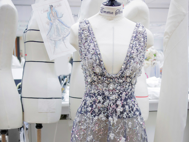 Así se cosió a mano el Alta Costura de Chanel de Emma Stone