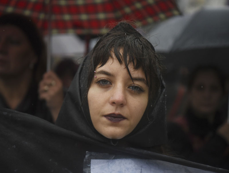Por qué las españolas se vestirán de negro el 8 de marzo