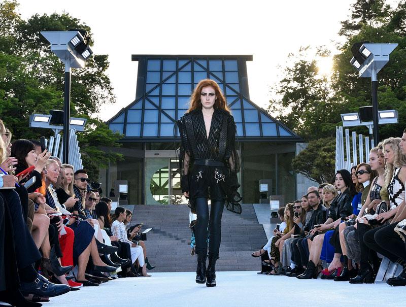 Así fue el desfile de Louis Vuitton en Kyoto