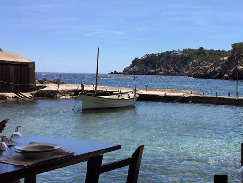 10 chiringuitos de playa baratos (y ricos) que no te arruinarán el verano