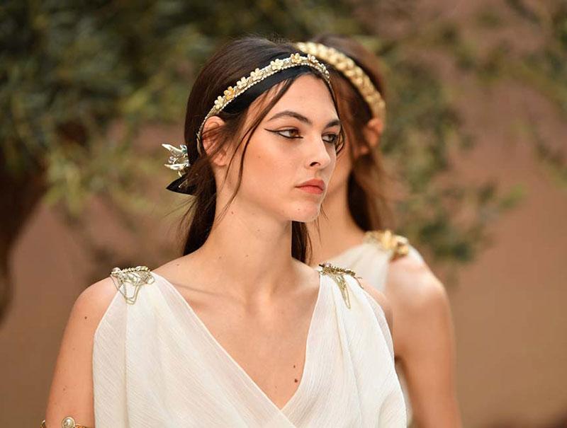 El desfile crucero de Chanel 2018 (o la reinvención de la diosa griega)