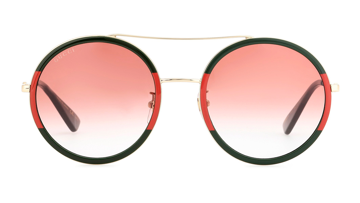6935431f2a Los diez tipos de gafas de sol que querrás llevar este verano   Moda ...
