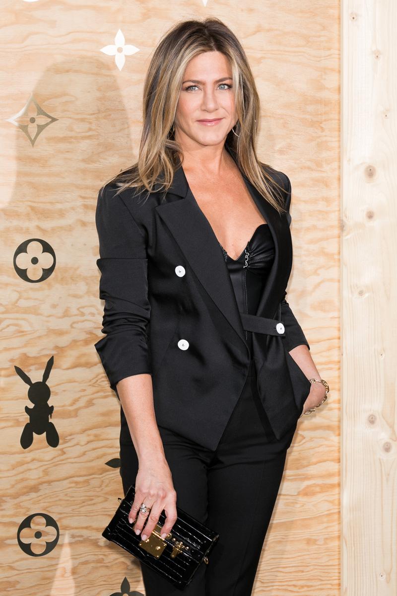 Jennifer Aniston peso de las famosas