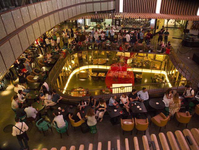 ¿Cuáles son los requisitos imprescindibles para que un bar se convierta en 'el bar'?