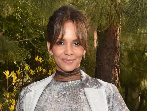 Halle Berry peso