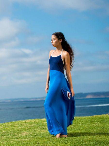 Adiós, toallas estratégicas: llega el vestido para cambiarte en la playa