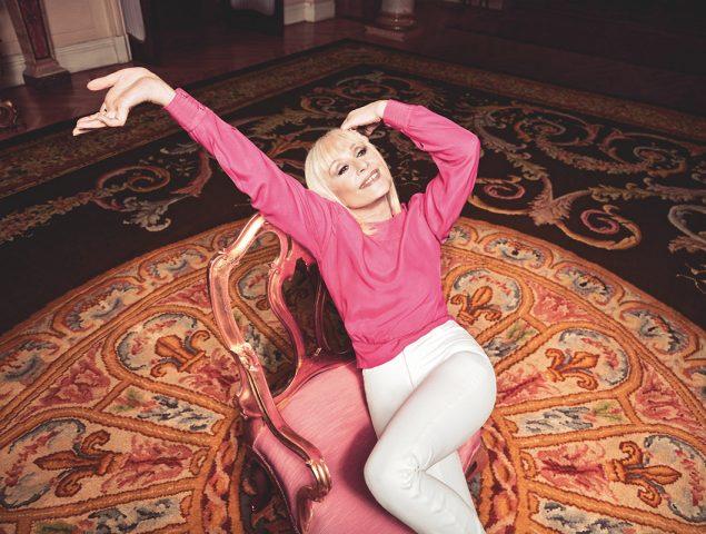 """Raffaella Carrà: """"Cuando pienso que tengo 74 años digo: 'Mamma mía'"""""""