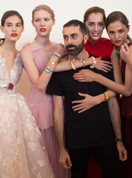Giambattista Valli nos hace soñar en la alta costura de París