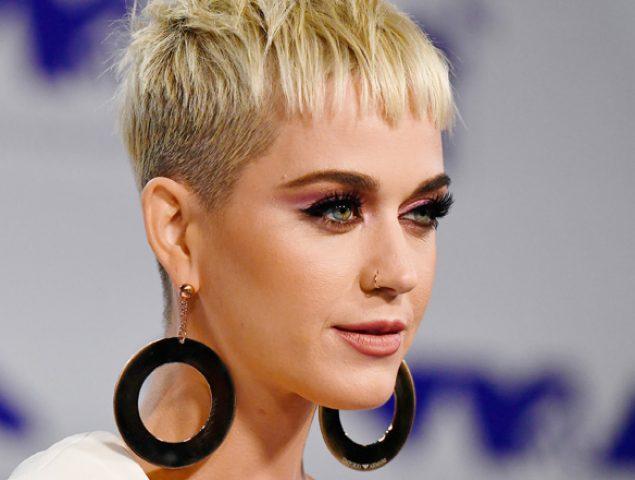 Todos los looks de la alfombra roja de los MTV VMA's