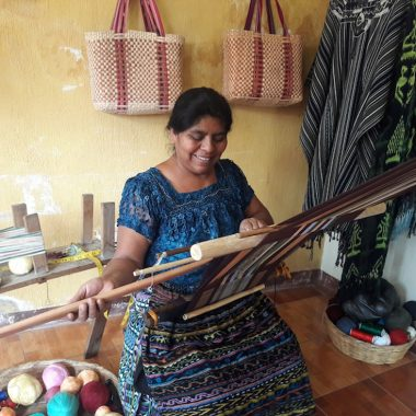 artesanos guatemala