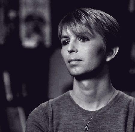 Cómo Chelsea Manning se aferró a la moda para sobrevivir en la cárcel