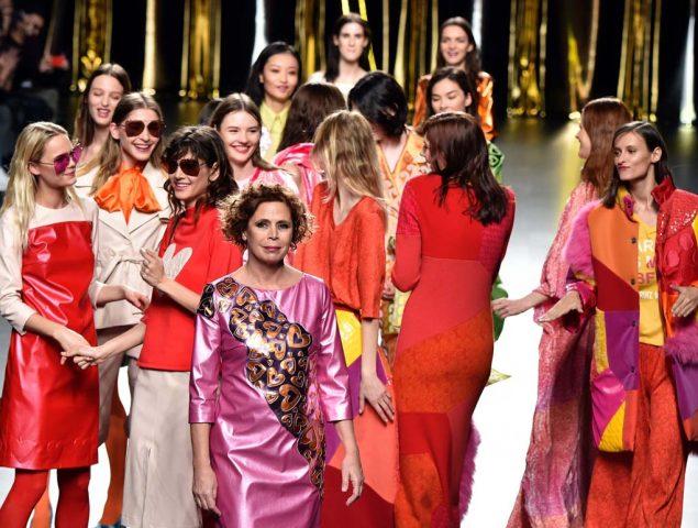 """Ágatha Ruiz de la Prada: un repaso a los momentos más 'locos' de la marquesa que quería hacer """"ropa feliz"""""""