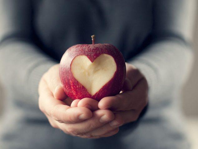 """El gurú de la longevidad: """"La clave para vivir más años está en comer mejor"""""""