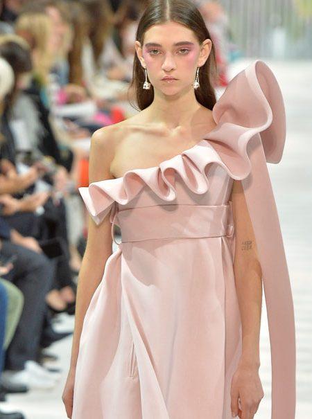 Así ha sido el desfile de Valentino en París
