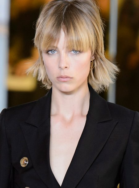 Edie Campbell denuncia que los modelos masculinos también sufren abusos sexuales