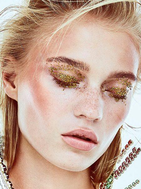 Del 'glitter' a las lentejuelas, esta Navidad harás brillar tus ojos