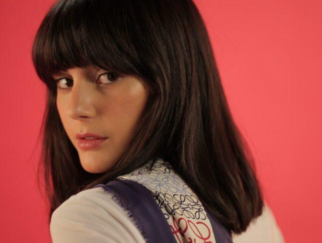 María Bernad nos enseña 8 maneras diferentes de llevar un pañuelo con estilo