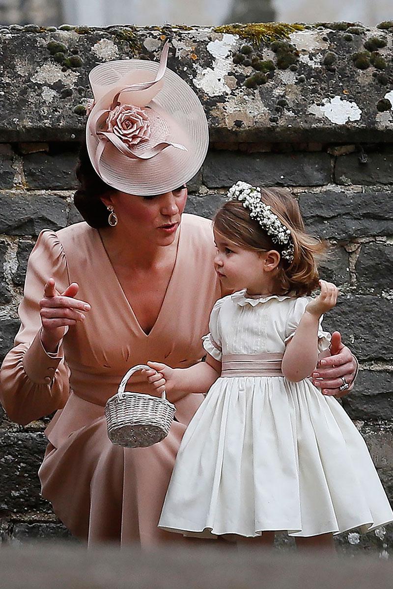 690e1bb10 7 firmas españolas de moda infantil que viste la princesa Charlotte ...