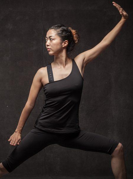Así es el Budokon, el yoga de guerreros que apasiona a Jennifer Aniston